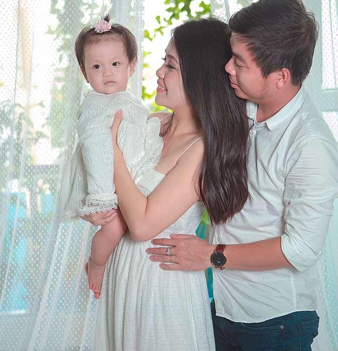 Gia đình hạnh phúc - Donald studio - chụp ảnh đẹp nhất tphcm