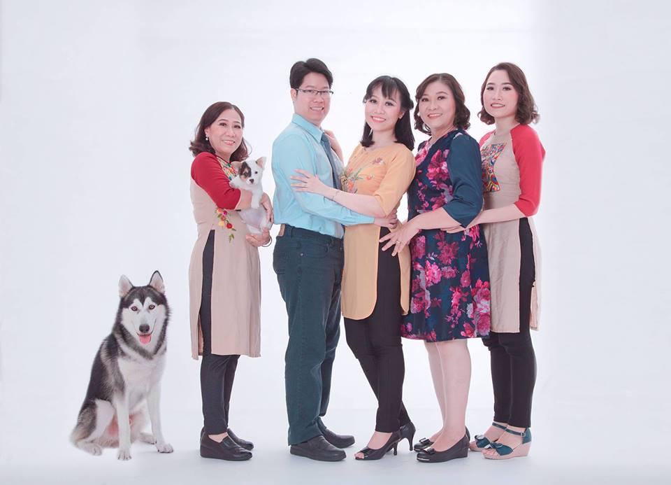 Studio chụp ảnh gia đình - Donald studio