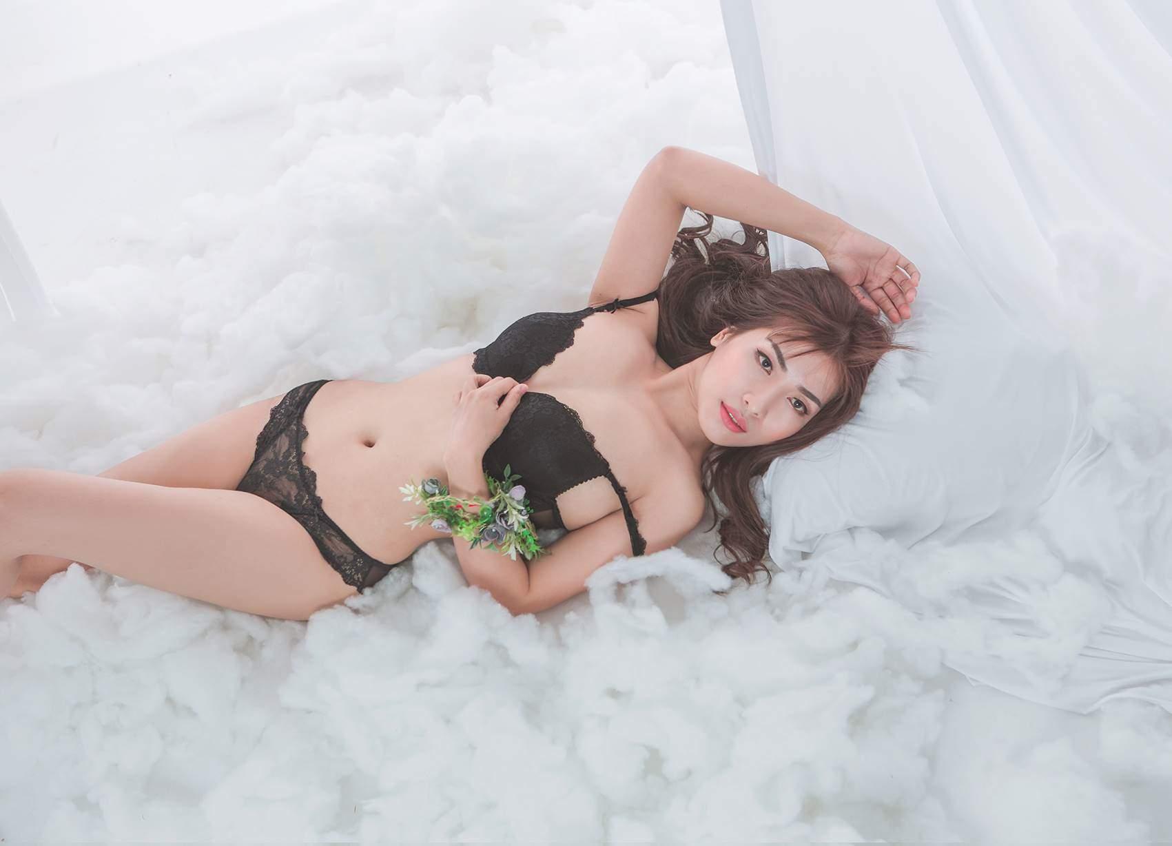 Dịch vụ chụp ảnh nude nghệ thuật