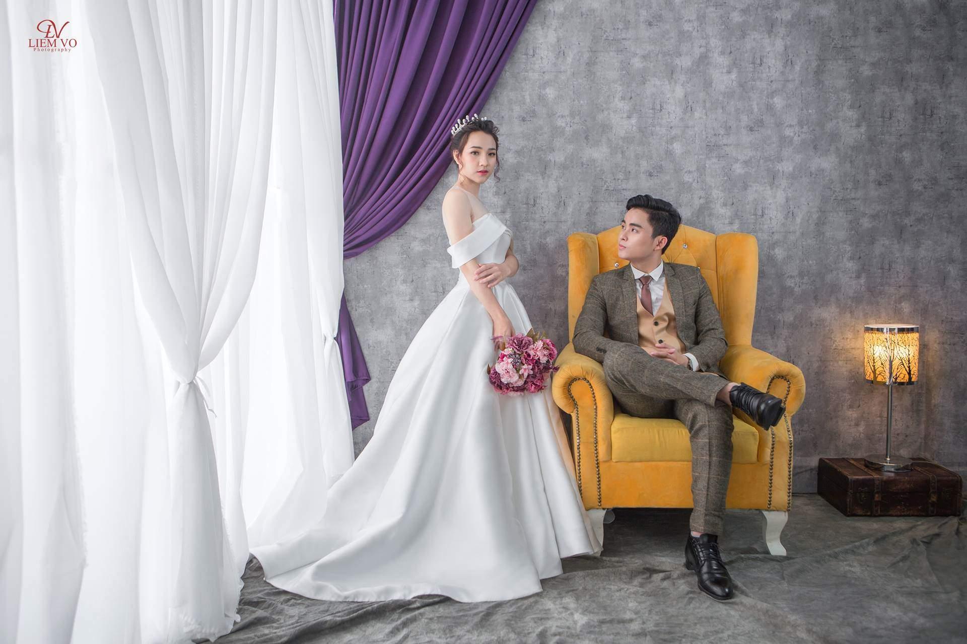 Chụp ảnh cưới tại studio giá rẻ