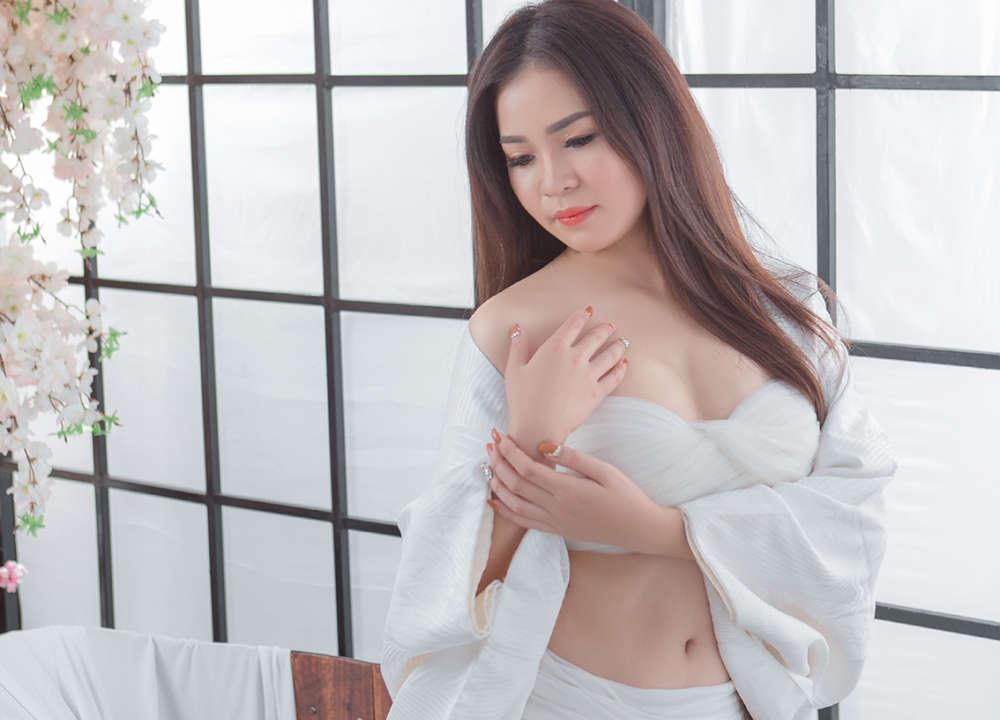 chụp cổ trang sexy quyến rũ tại Sài Gòn