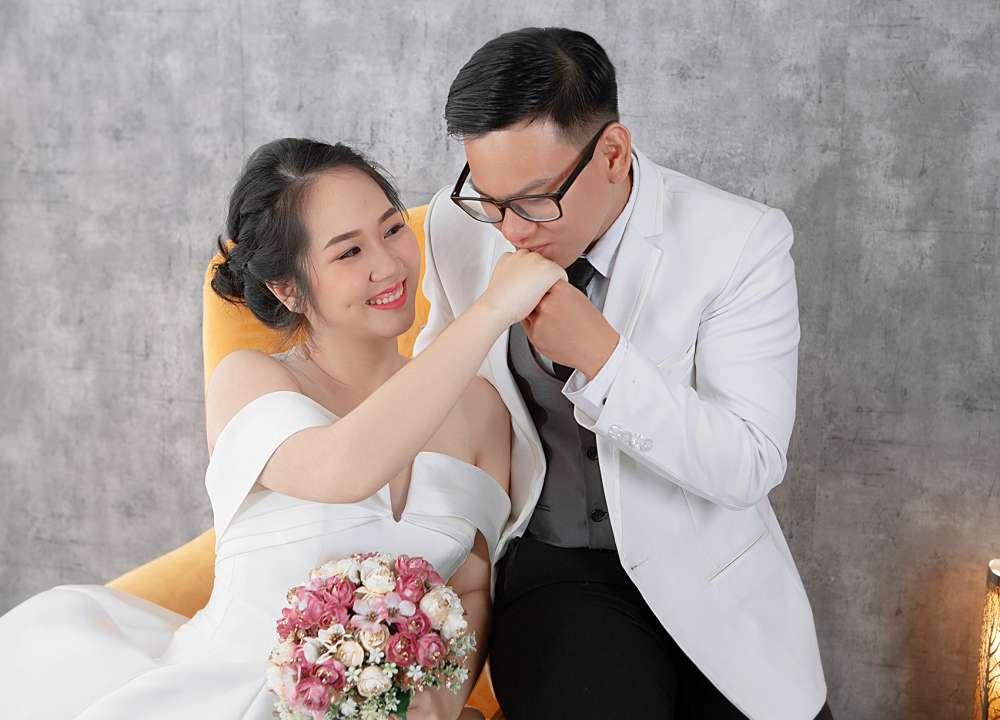 chụp hình cổng cưới giá rẻ nhất sài gòn