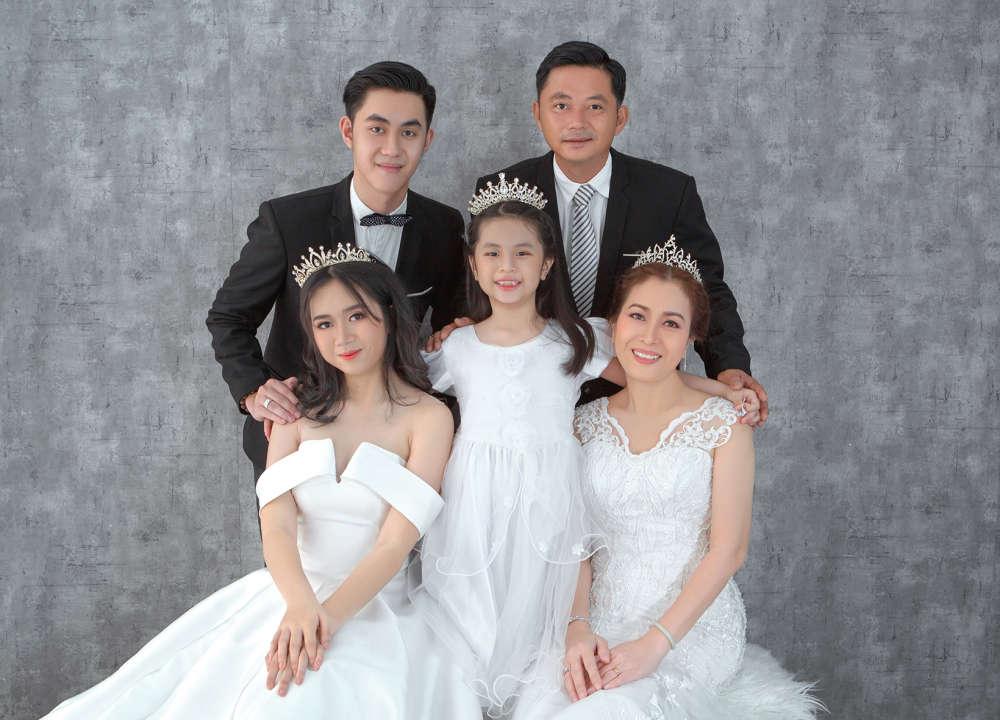 chụp hình gia đình giá rẻ hcm