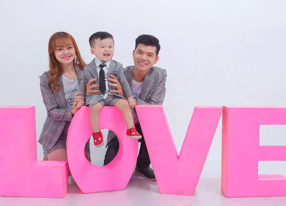 Chụp ảnh cho bé và gia đình hcm