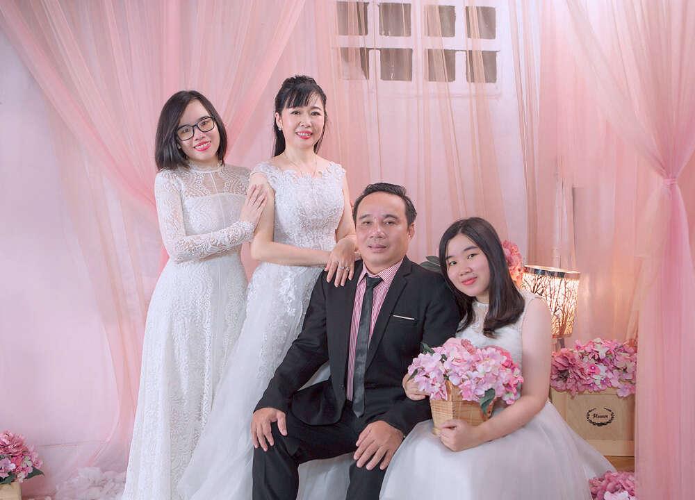 Chụp ảnh gia đình, kỉ niệm ngày cưới