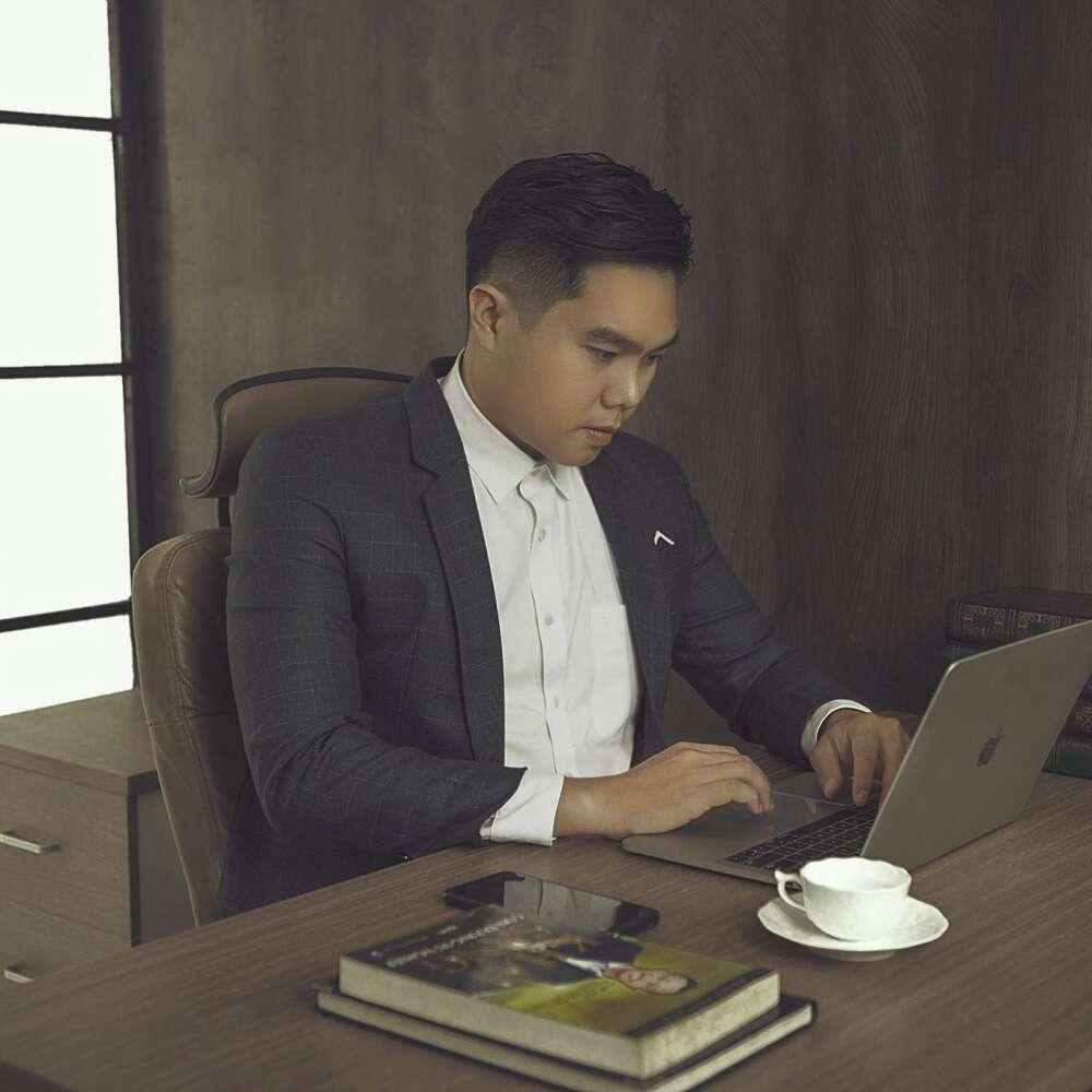 Chụp hình doanh nhân tại hcm